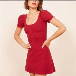 🌎 Reformation Red Mini Dress